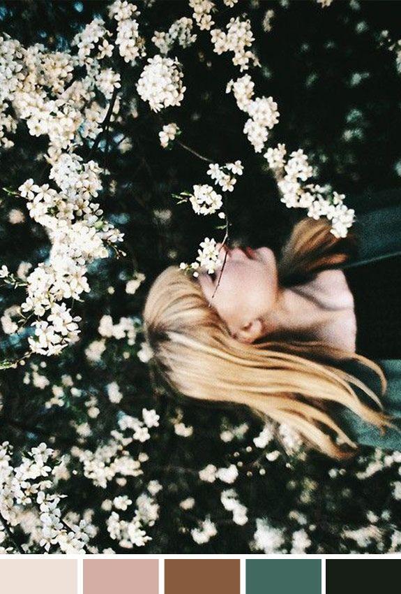 Achados da Bia | Inspiração do Dia | Relax | Paz | Menina | Flores